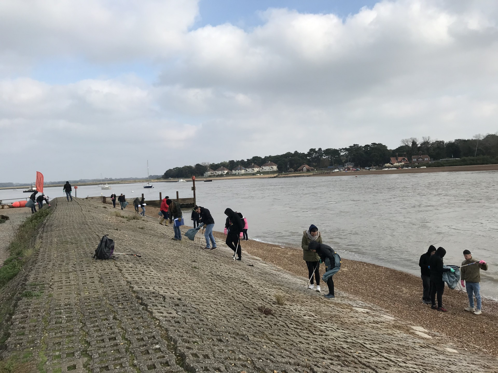 RAF Mildenhall Beach Clean of Felixstowe Ferry