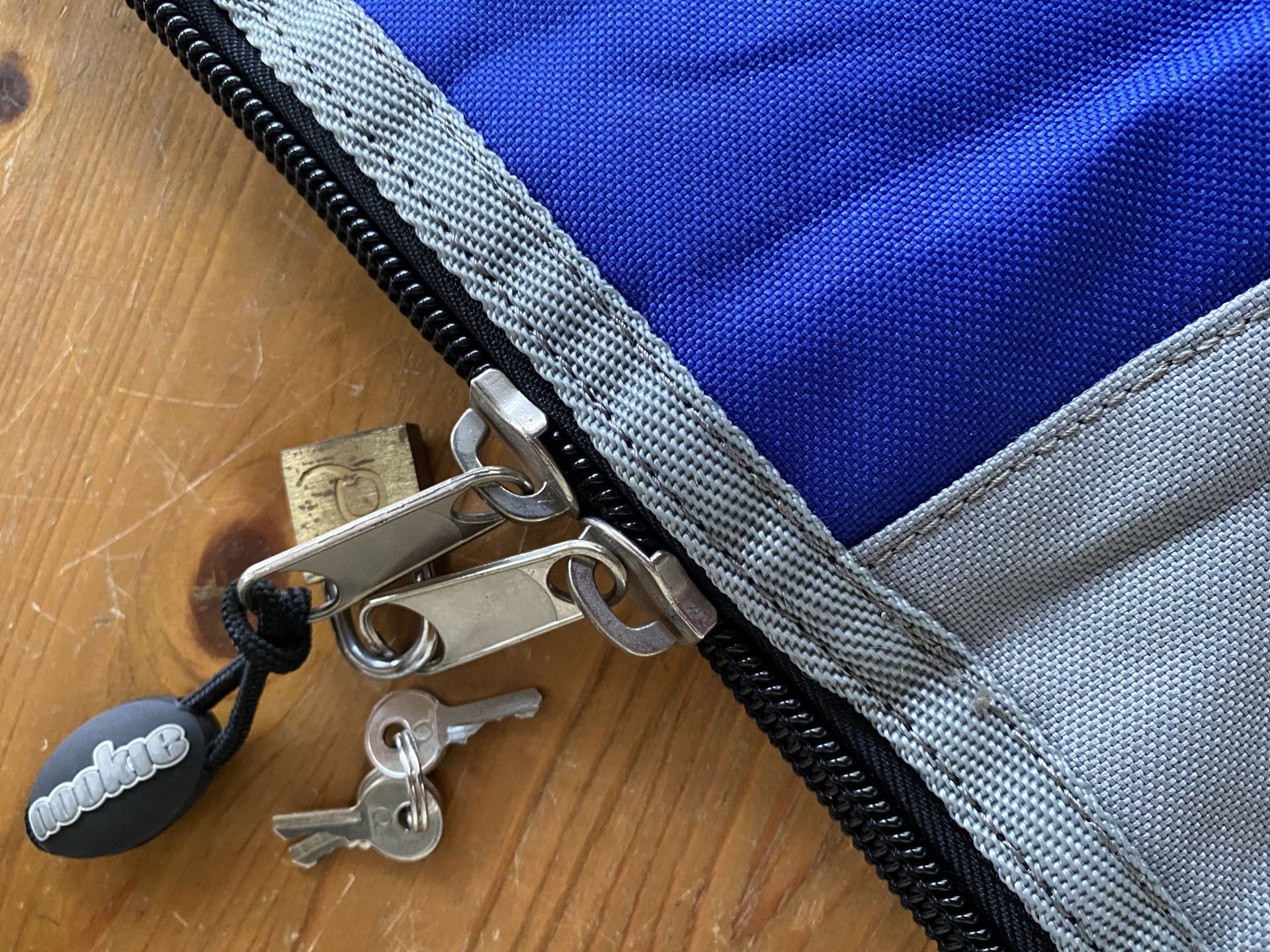 Double zip with lock & key for security