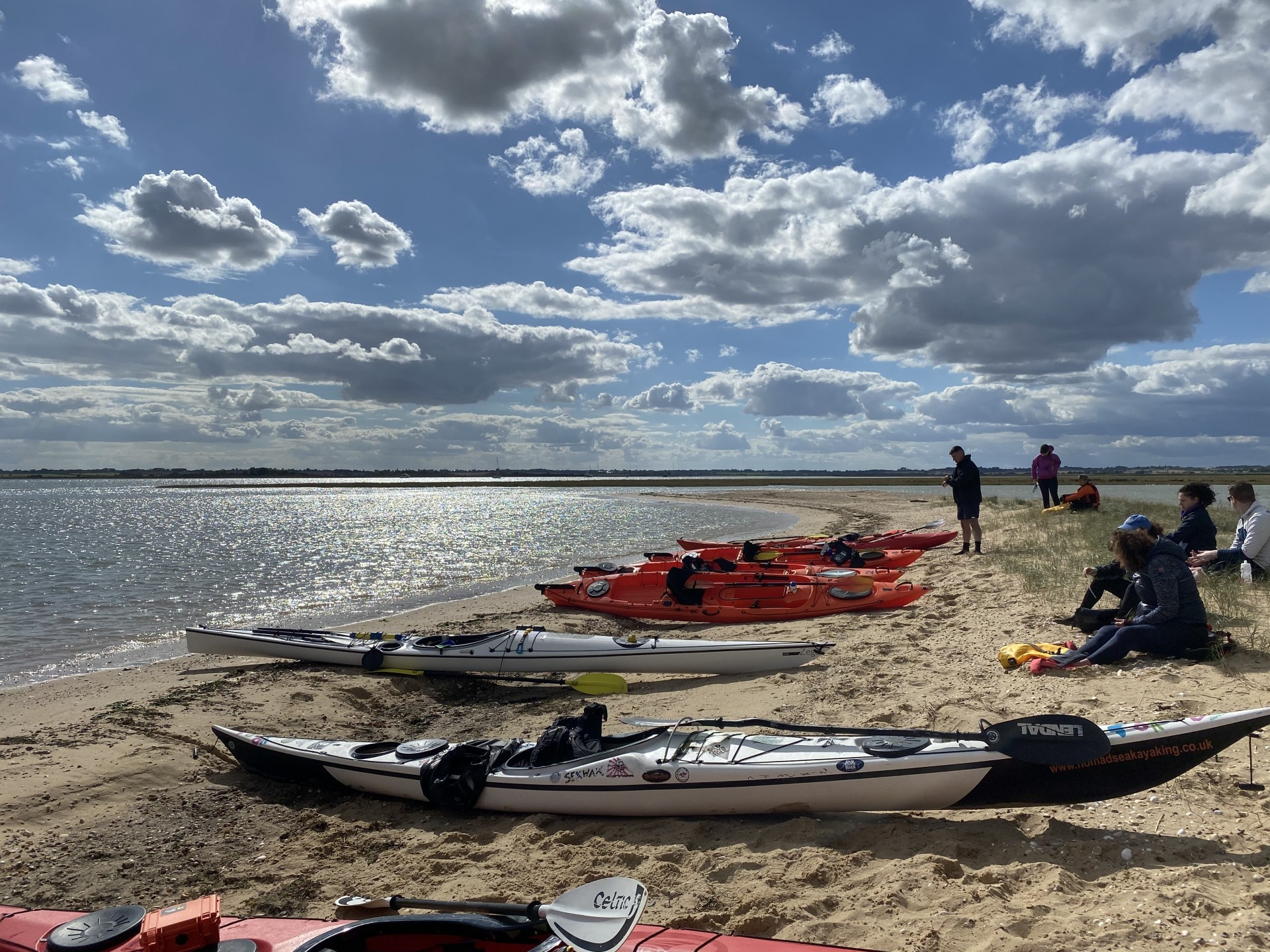 Lunch break on a guided sea kayak tour to the wild seal colony
